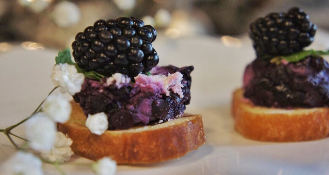 Black & Blue Crostini
